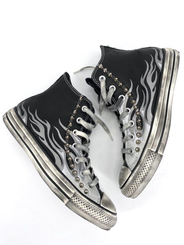Converse Classic High FLAME borchie