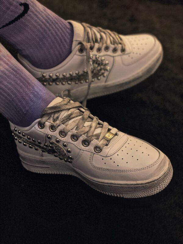 NIKE AIR FORCE low white COB borchie